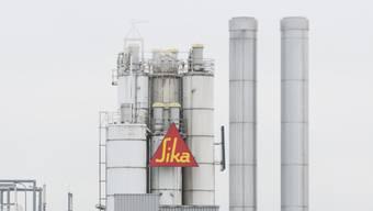 Eine Sika-Fabrik zur Leimproduktion  in Düdingen (Symbolbild)
