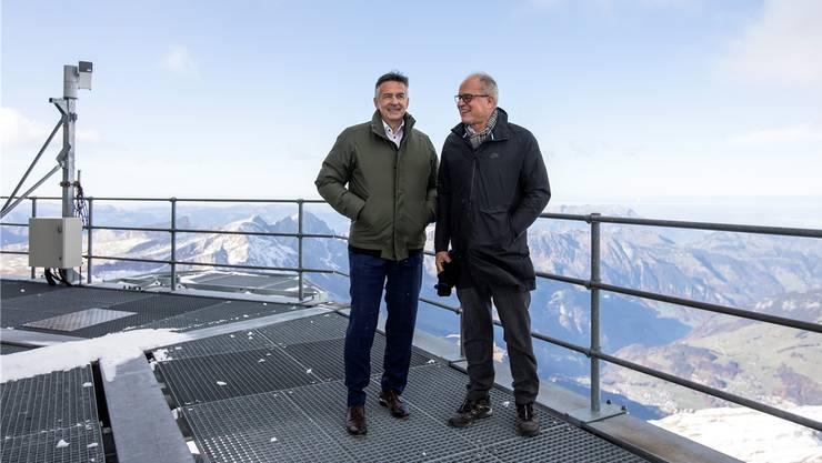 Bundesratskandidat Hans Wicki – hier mit Stararchitekt Pierre de Meuron (r.) – auf dem Titlis.Alexandra Wey/Keystone