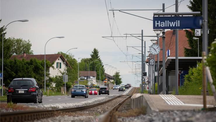 Die Seetalbahn-Sanierung hat in den vergangenen 30 Jahren das Wachstum von Hallwil behindert.