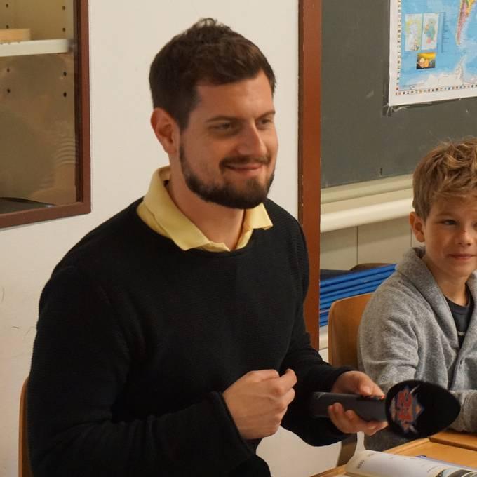 Dominik in der Mathistunde