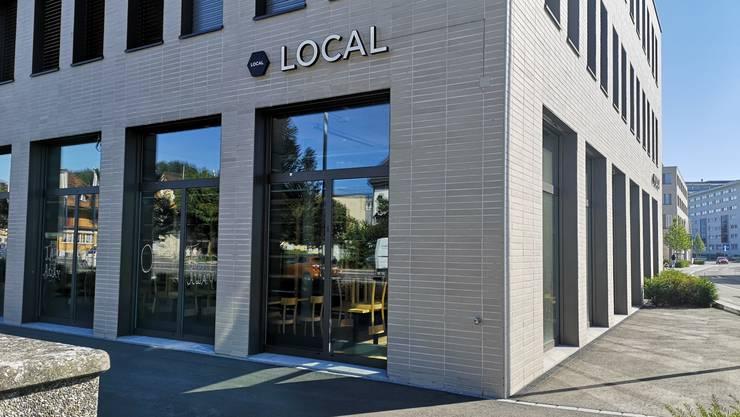 Das Hotel und die Bäckerei Local in Suhr.