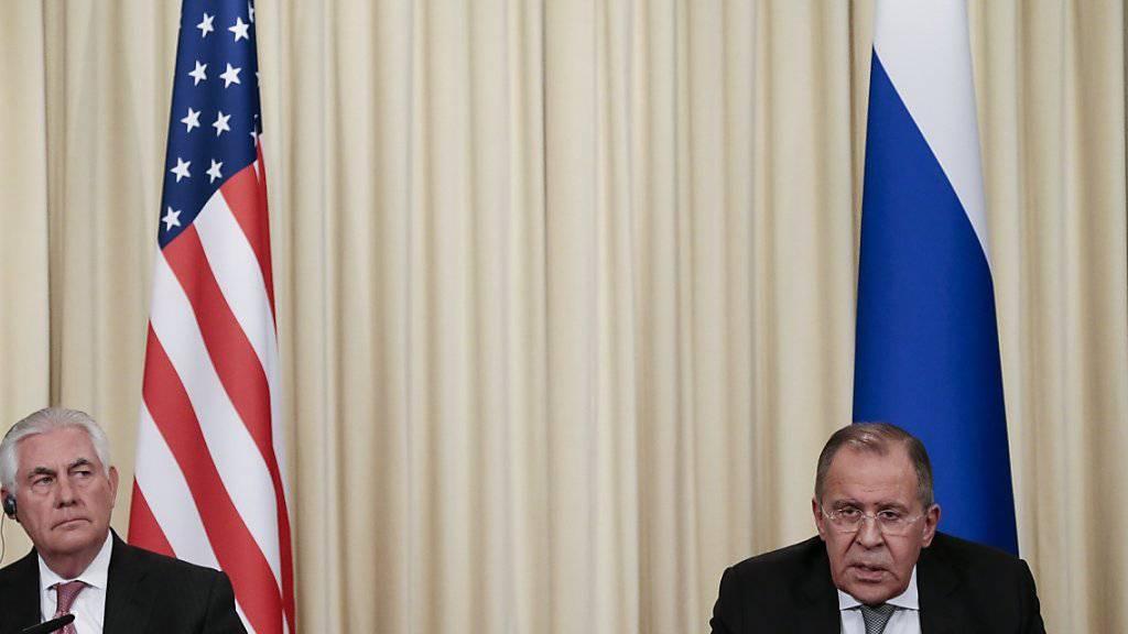 Sie waren sich bisher im Syrien-Konflikt meist uneinig: US-Aussenminister Rex Tillerson (links) und sein russischer Kollege Sergej Lawrow. (Archivbild)
