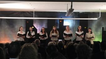 Das Vokalensemble der Kantonsschule Limmattal sang «La carità» des berühmten Opernkomponisten Gioachino Rossini.