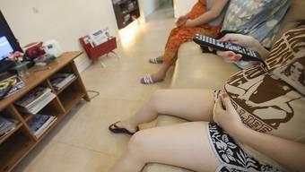 Muss zu Hause bleiben: Schwangere US-Schülerin darf nicht an Zeugnisvergabe ihrer Schule teilnehmen. (Symbolbild)
