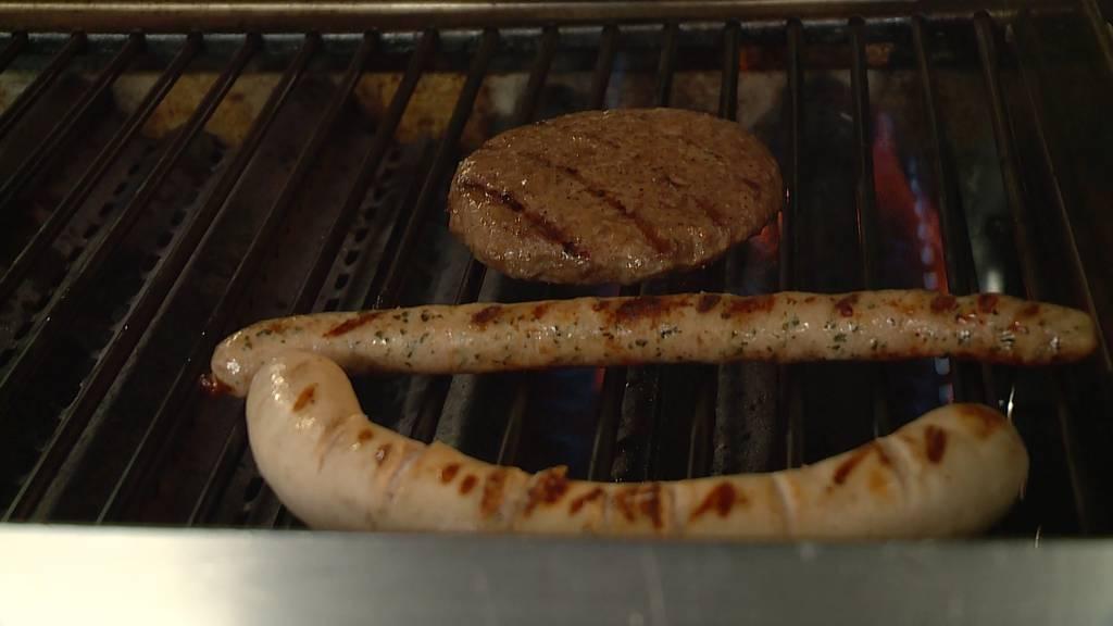 Fleischbranche hofft auf Grill-Wetter