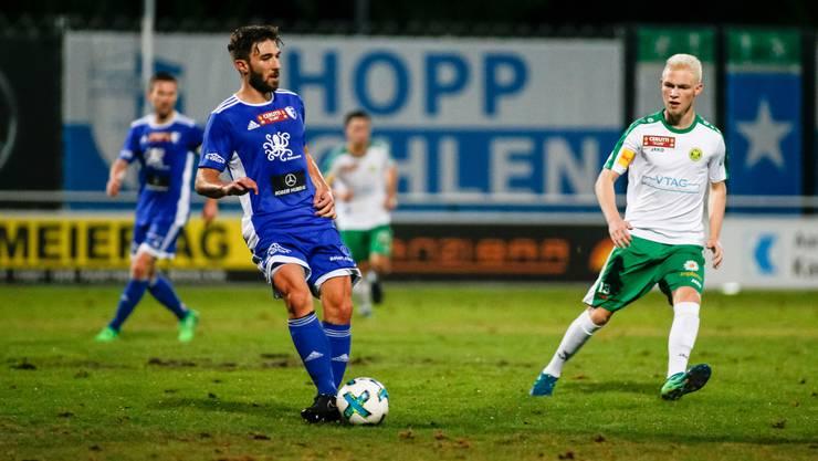 Stefano Milani (Nr. 13, FC Wohlen) im Spiel FC Wohlen gegen den SC Brühl im Stadion Niedermatten.