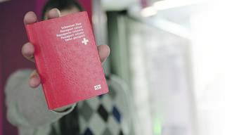 Müssten Sie zum Einbürgerungstest, hätten Sie eine Chance auf den roten Pass? Beweisen Sie es in unserem Quiz.