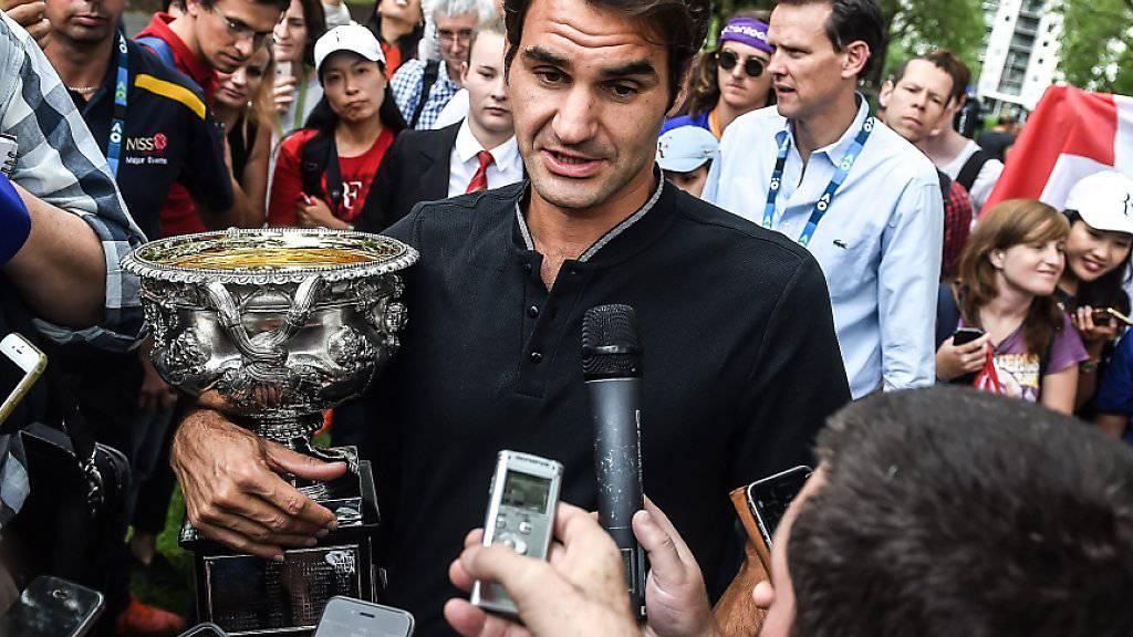 Roger Federer ist nach dem sensationellen Sieg in Melbourne ein gefragter Mann
