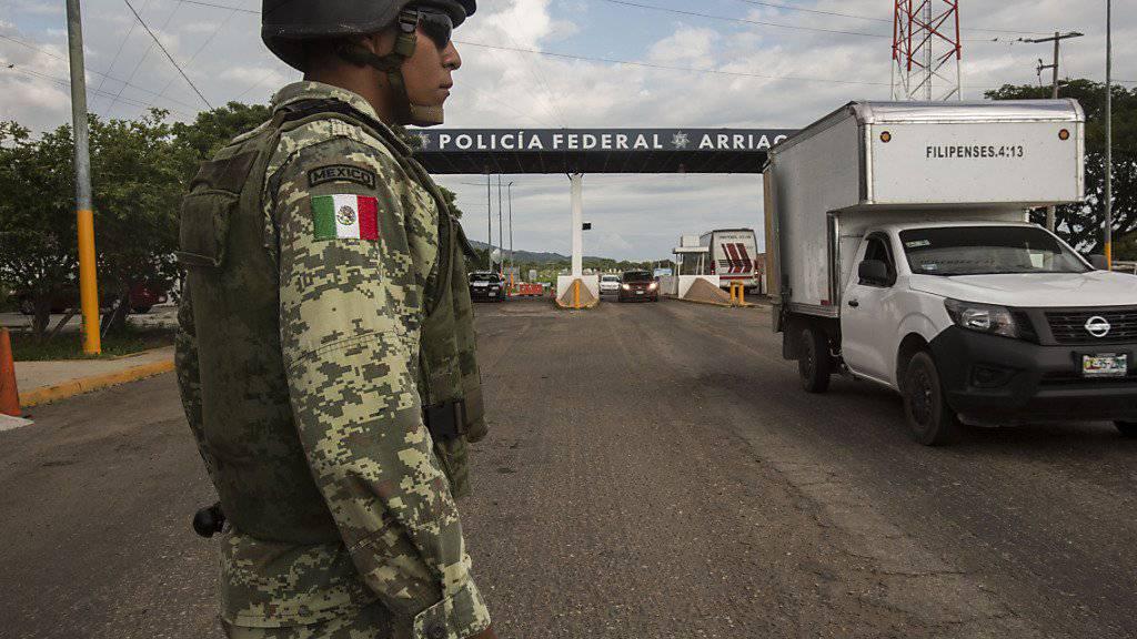 Mexiko will tausenden Migranten in Arbeit bringen und unterzeichnet dazu Vereinbarungen mit Firmen. (Symbolbild)
