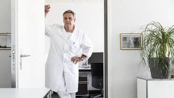 Rolf Vogel hat als Kardiologie-Chefarzt bei den Solothurner Spitälern nicht nur Hunderten Patienten geholfen. Nebenbei leistet er auch noch wichtige Grundlagenforschung.
