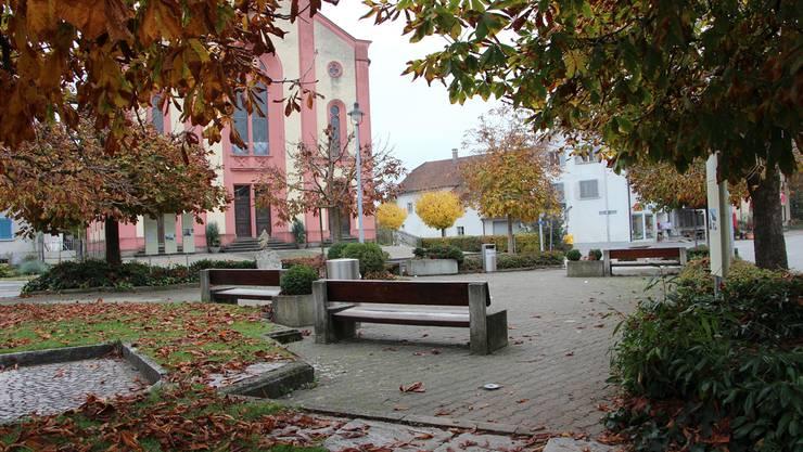 Der Dorfplatz ist zwar gut gelegen, wird aber schlecht genutzt.