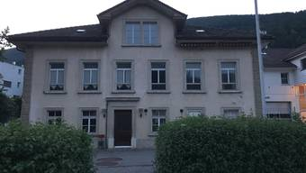 Wie soll das alte Schulhaus in Holderbank saniert und künftig genutzt werden?