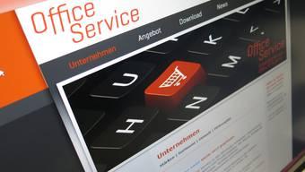 """Auf ihrer Homepage bezeichnet sich die Firma als """"führendes Schweizer Unternehmen"""" für Bürobedarf."""