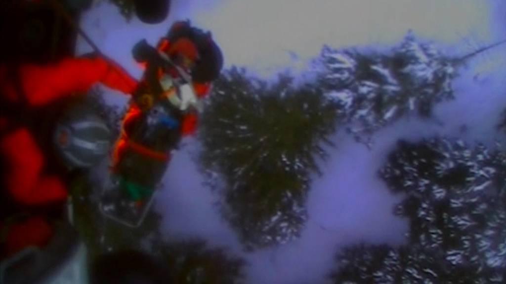 Skitourengänger von Bär angegriffen - Küstenwache rettet Verletzten