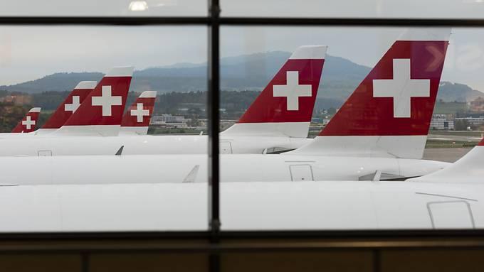 Die Fluggesellschaft Swiss konnte im November erneut erheblich mehr Passagiere begrüssen als vor einem Jahr. (Archivbild)