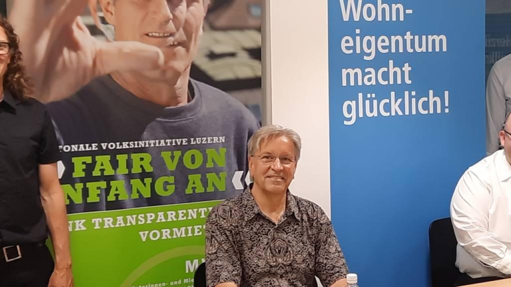 Die Parteien, die den neuen Luzerner Mietvertrag ausgearbeitet haben (von links): Cyrill Studer-Korevaar, Mark Schmid, Armin Hartmann und Alex Widmer.