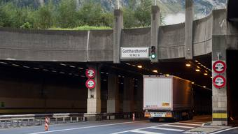 Der Gotthardtunnel muss zwecks Sanierung gesperrt werden – eine zweite Röhre soll den Verkehr auffangen.
