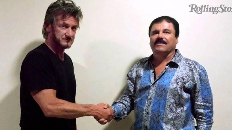 Hollywood-Star Sean Penn (links) beim Handshake mit dem berüchtigten Drogenbaron «El Chapo».