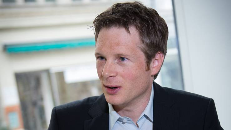 «Ich glaube, dass Geri Müller sein Verhalten tief bereut. Deshalb kann ich weiter hinter ihm stehen», sagt der Präsident der Grünen Aargau, Jonas Fricker, im TalkTäglich von TeleM1. (Archiv)