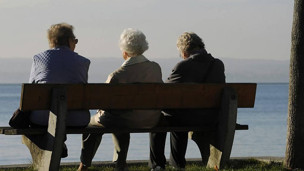 Da Parlament hat das Rentenalter für Frauen von 64 auf 65 Jahre erhöht, gegen den Willen der Linken. (Symbolbild)