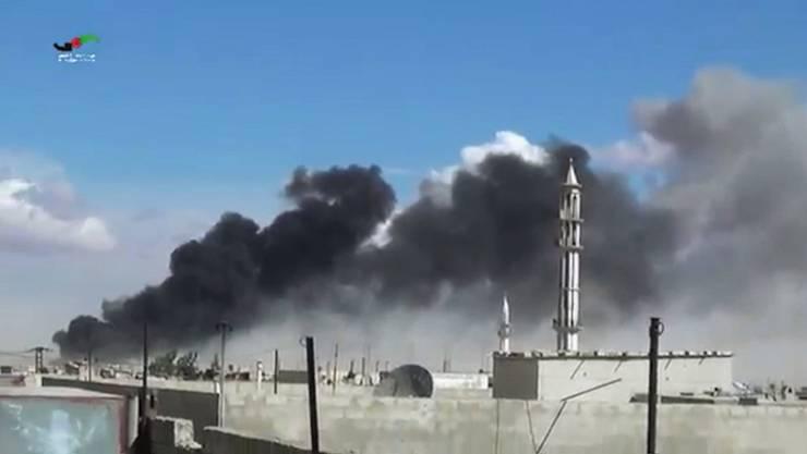 Russische Kampfjets bombardieren Ziele in Talbiseh bei Homs