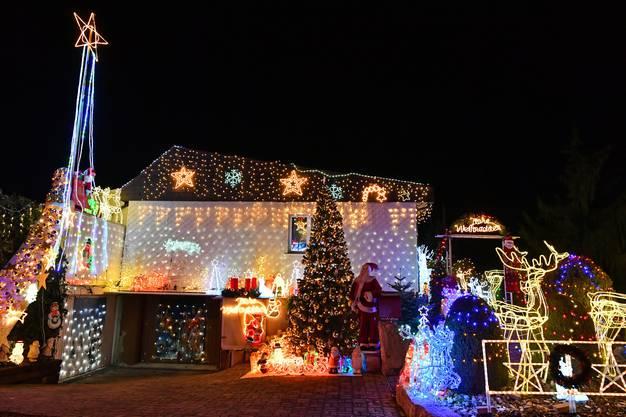 Bis zu 40'000 LED-Lichter wurden verwendet.