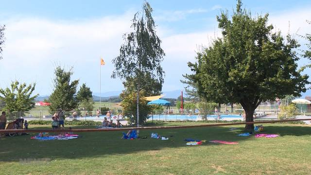 Badi Fraubrunnen: Wegen Grundwassermangel kurzfristig geschlossen