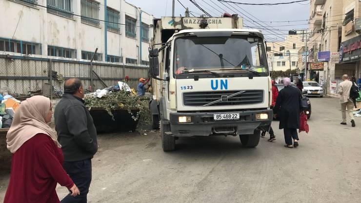 Das Uno-Hilfswerk UNRWA betreibt die Müllabfuhr, aber auch Schulen und Spitäler: Ein Flüchtlingslager in der Nähe von Ramallah im Westjordanland.