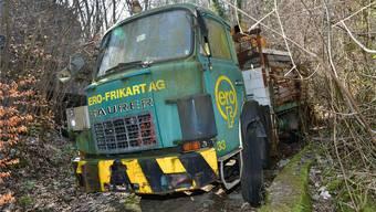 Wohl seit Jahr und Tag im Asp: Der Saurer D 250, der unverkennbar mal für die mittlerweile gelöschte Oltner Firma Ero-Frikart AG unterwegs war.