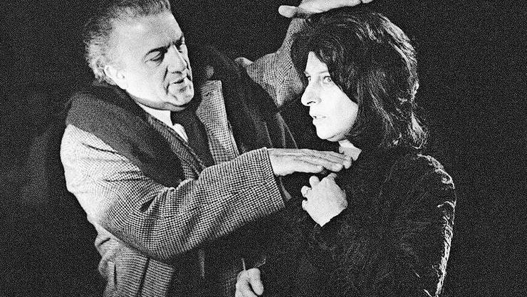 Federico Fellini bestimmt das Framing für Anna Magnani.