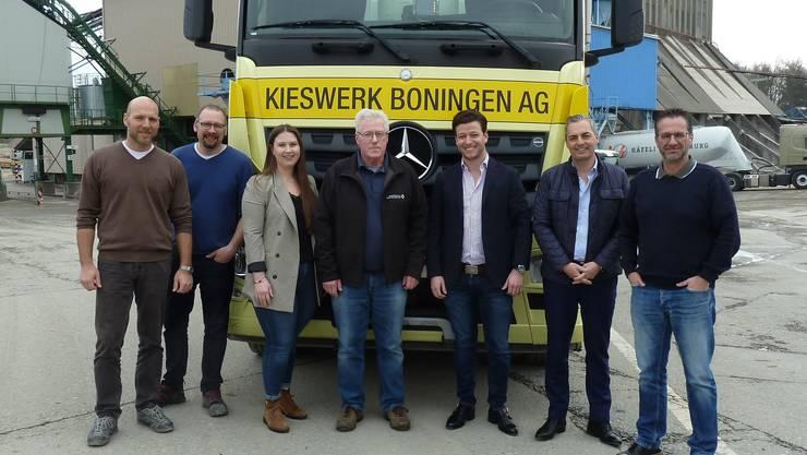 V.l.n.r.: Robert Vögelin (Vertriebsleiter), Oliver Bamert (Betriebsleiter/GL), Simone Schatzmann (VR), Peter Ruf, Sébastien Schatzmann (Präsident VR), Jürg Wyss (Geschäftsführer/GL), Daniel Wasmer (Leitung Finanzen/GL)