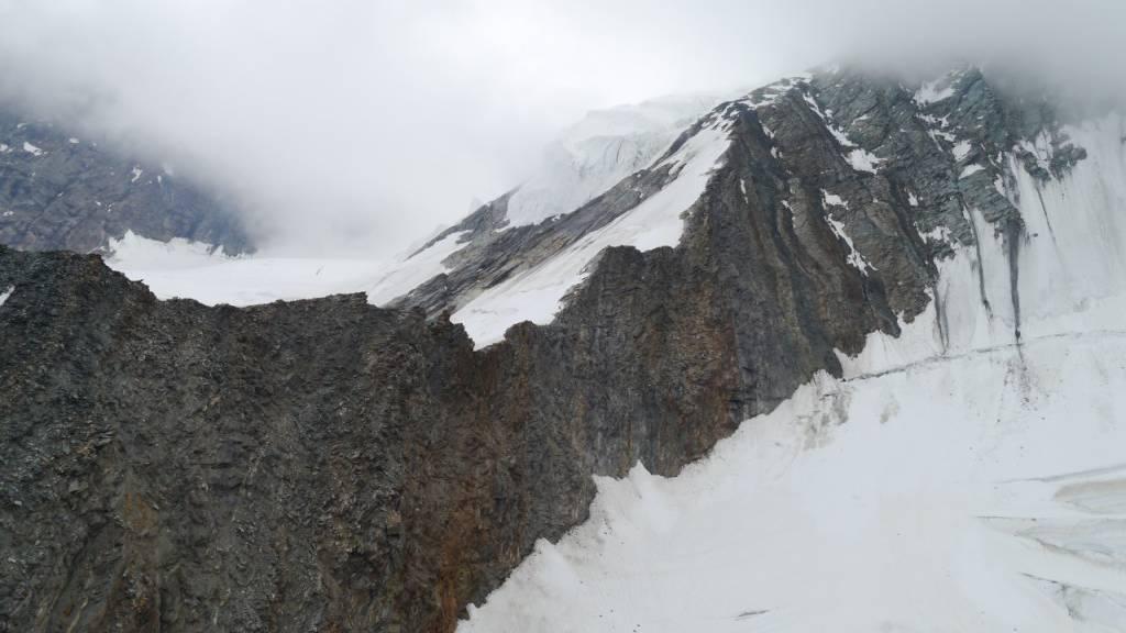 Bergsteiger am Dom im Wallis tödlich verunglückt