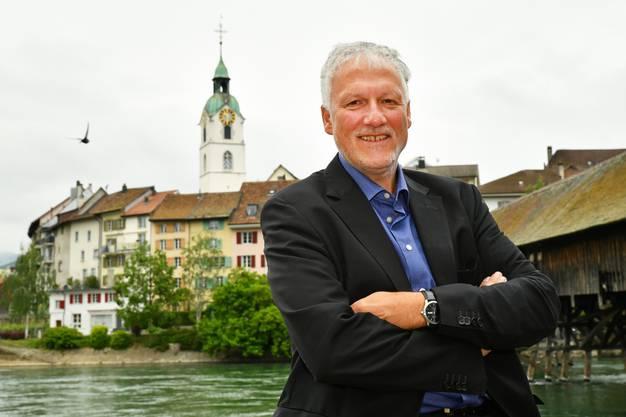 Jahrgang 1959, ist Jurist; von 2005 bis 2017 war er Regierungsrat des Kantons Solothurn.