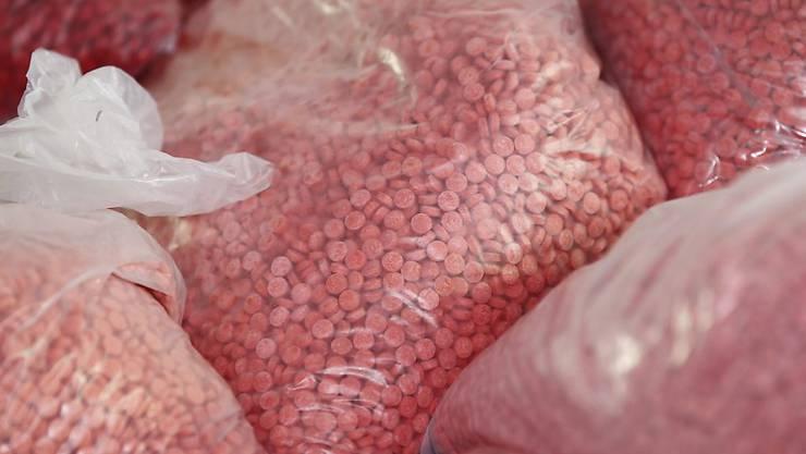 Über 18 Millionen Methamphetamin-Pillen haben die thailändischen Behörden auf einmal beschlagnahmt. (Symbolbild)
