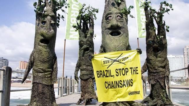 Aktivisten im Visier einer Überwachungsfirma: Greenpeace-Aktion in Durban (Archiv)