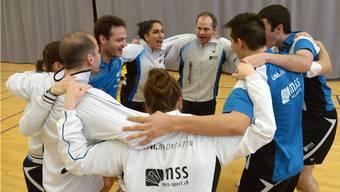 Die erste Mannschaft vom SC Uni Basel feiert den NLA-Aufstieg. Foto: Zinke