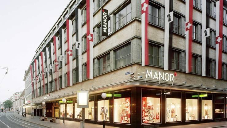 Hauptsitz der Manor in Basel. Hier sollen 200 Stellen gestrichen werden.