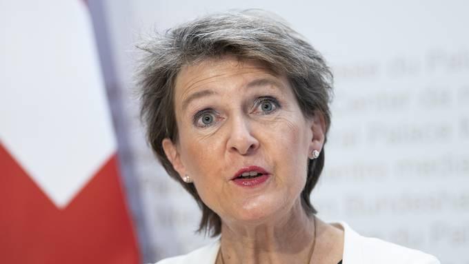 Simonetta Sommaruga an der ersten Medienkonferenz des Bundesrats nach den Sommerferien.