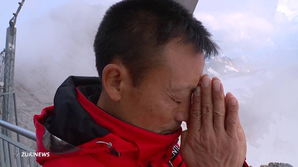 Donghua Li trauert um seinen 7-jährigen Sohn