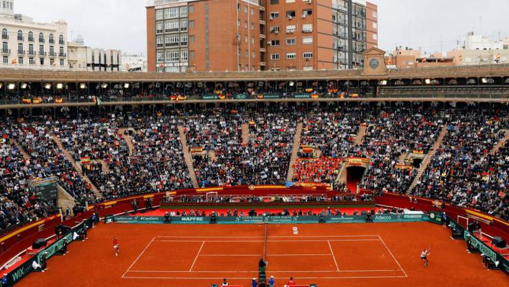 Spanien und Deutschland duellieren sich in der Stierkampfarena von Valencia
