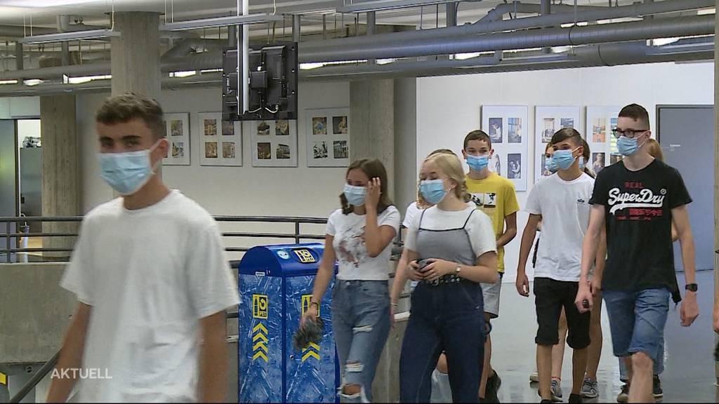 Ungewöhnlicher Schulstart: Masken tragen und Abstand halten angesagt