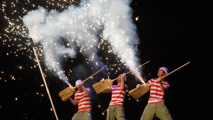 Die «Starbugs» veranstalteten ein Feuerwerk im Kurtheater.