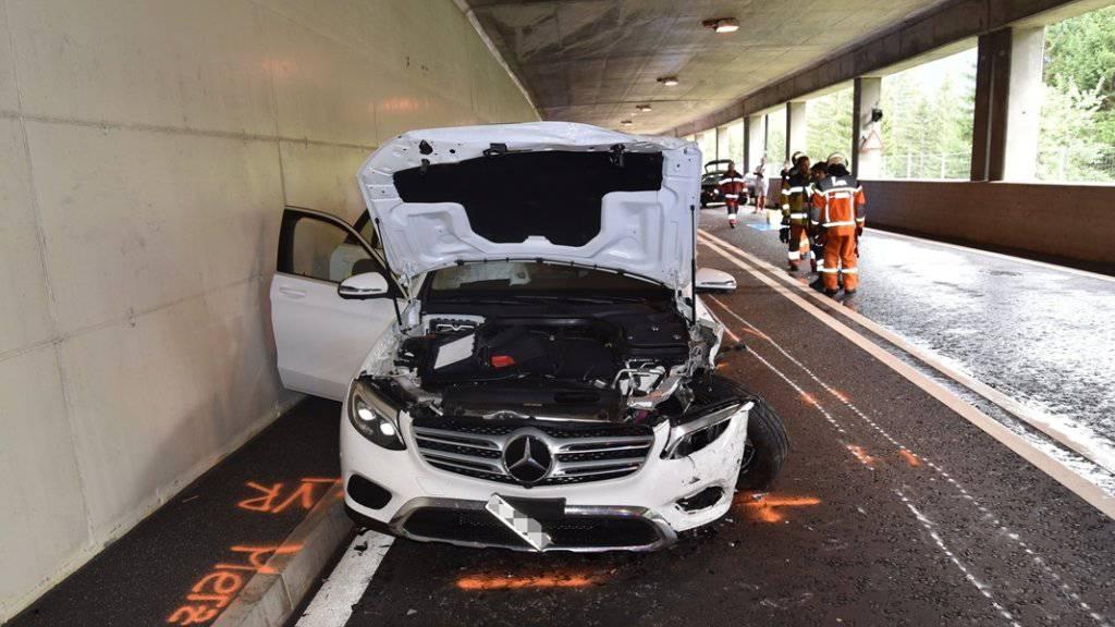 Eines der nordwärts fahrenden Fahrzeuge, das mit dem Wagen des 85-Jährigen kollidiert ist.