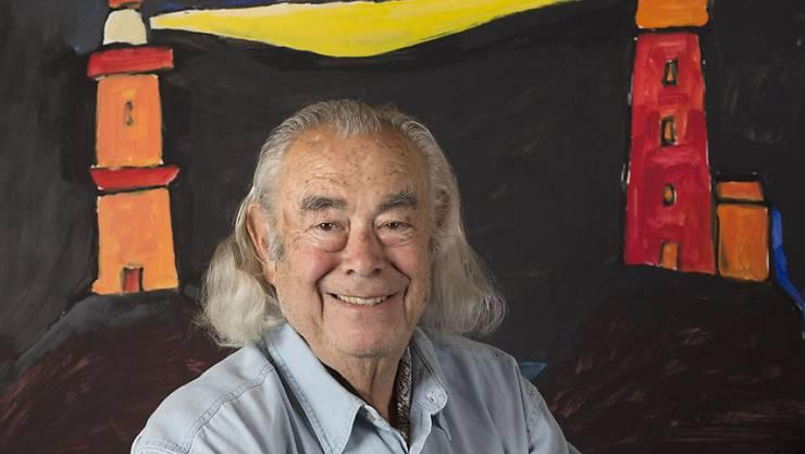 Obwohl er seit 55 Jahren in der Schweiz lebt, hat der Künstler Ted Scapa als gebürtiger Amsterdamer eine Beziehung zu Leuchttürmen. Kein Wunder also, dass er zum Ehrenwärter auf dem weltweit höchsten Leuchtturm auf dem Operalp ernannt wurde. (Handout)
