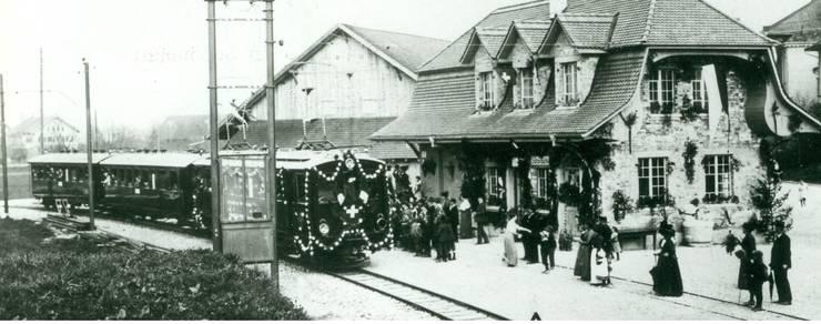 Der Eröffnungszug in Schönbühl