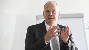 Baudirektor Stephan Attiger (FDP) betonte gleich zu Beginn der Veranstaltung in seiner Heimatstadt: «Bitte denken Sie daran, es gibt noch kein konkretes Projekt.» (Archivbild)