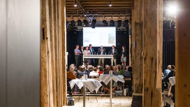 Vier bisherige Stadträte und drei Ammann-Kandidaten haben sich am AZ-Wahlpodium beteiligt und buhlen um einen der fünf Sitze in der Exekutive der Stadt Brugg.