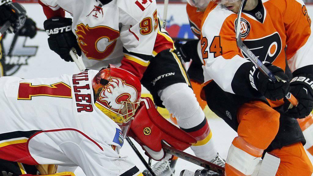 Calgary-Goalie Jonas Hiller wehrte im Spiel gegen die Philadelphia Flyers (3:5) 24 von 28 Schüsse ab