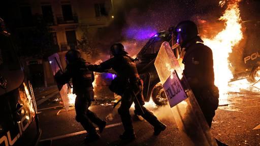 Dritte Nacht mit schweren Krawallen in Barcelona