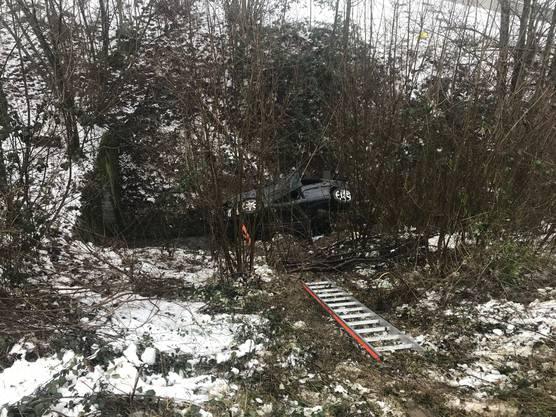 Der Fahrer erlitt schwere Kopfverletzungen